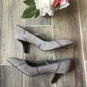 ROCKPORT Gray Suede Mary Jane Heels